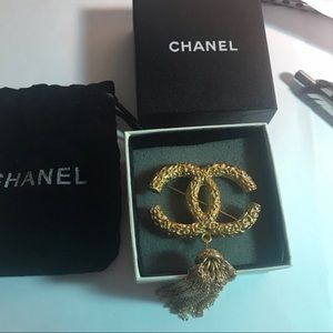 Chanel Vintage Brooch Brand New
